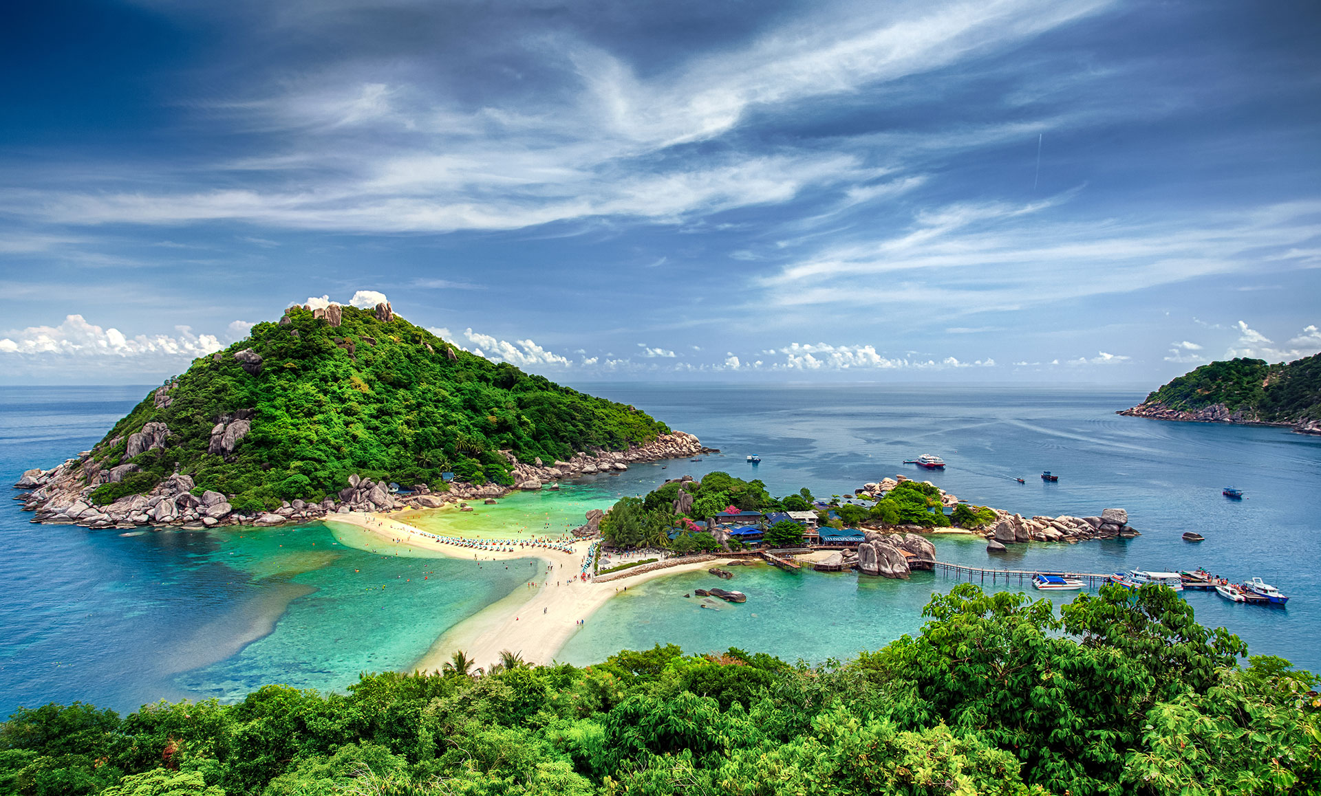 The ultimate guide to koh tao diving tripfuser travel blog hand crafted by local experts - Dive in koh tao ...
