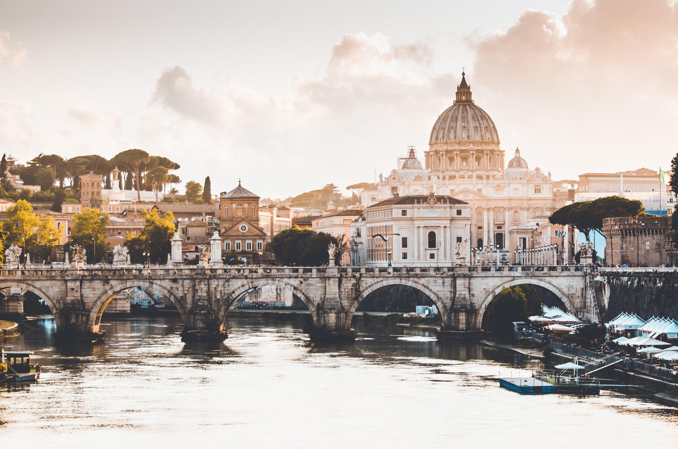 20 Day Rome, Amalfi Coast, Taormina, Syracuse & Malta