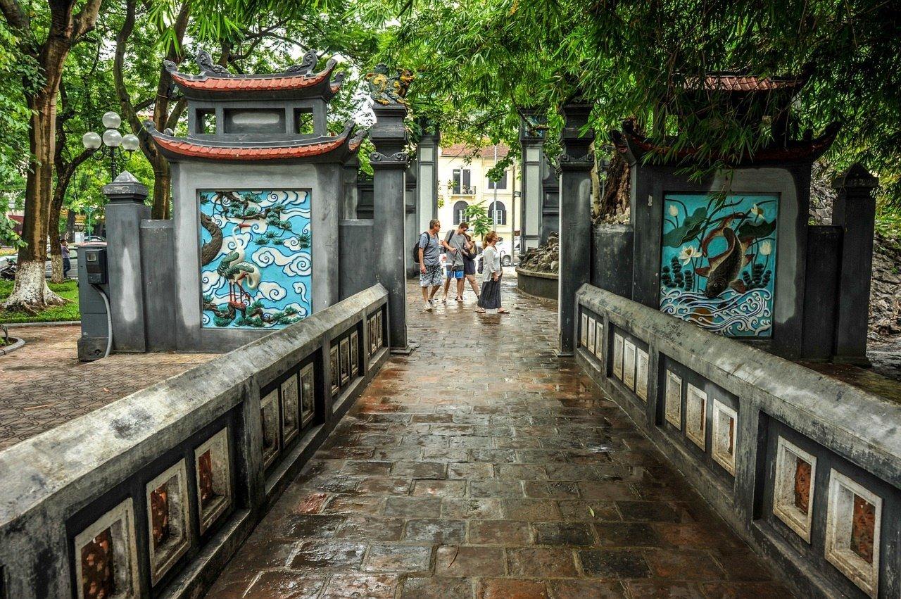 4-Day Halong Bay Cruise and Stunning Trang An - Vietnam Itinerary